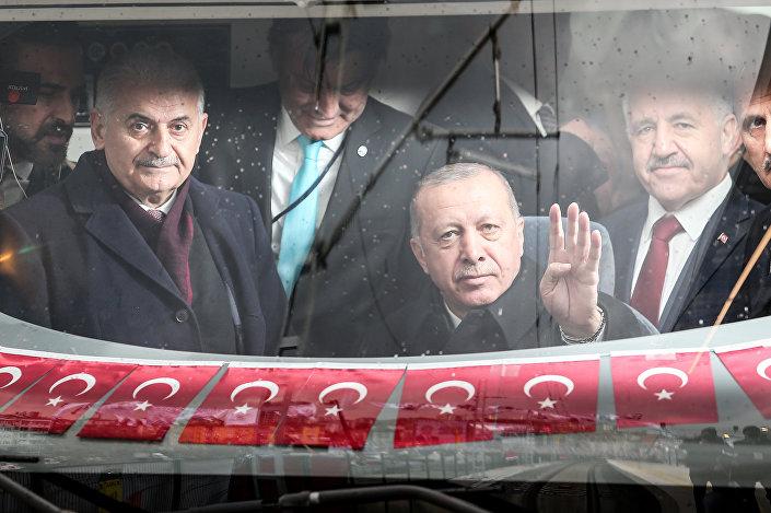 Açılış töreninin ardından, Gebze-Halkalı hattının ilk seferi Cumhurbaşkanı Erdoğan'ın katılımıyla gerçekleşti. Hat seferinin ilk sürüşünü Erdoğan yaptı.