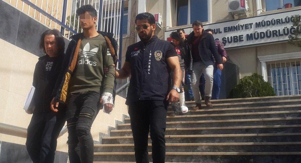 Cezayirlilerle Suriyeliler Fatih'te kavga etti