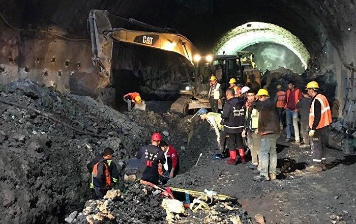 Denizli'de tünel inşaatında göçük: 1 ölü