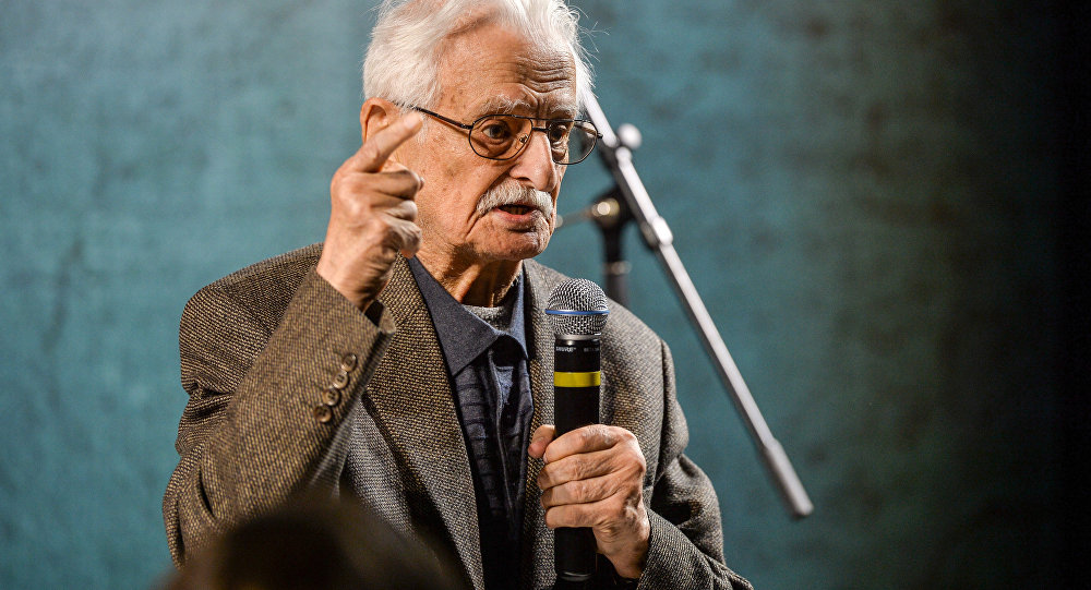 Sovyet film yapımcısı Marlen Hutsiyev