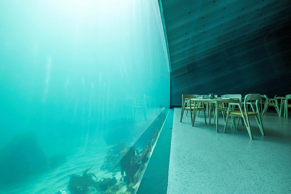 Norveç - Denizaltı restoranı