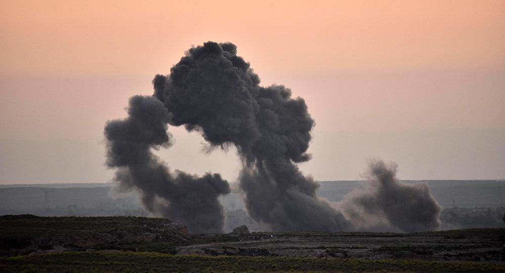 ABD'nin Suriye'deki hava saldırıları sivilleri öldürüyor.