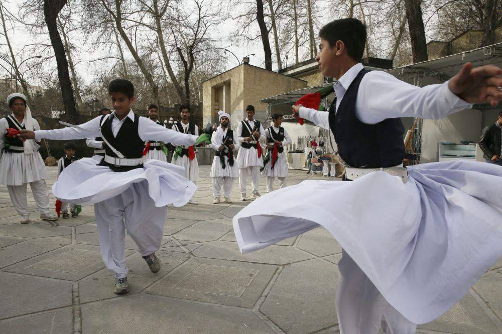 Dünyada Nevruz kutlamaları