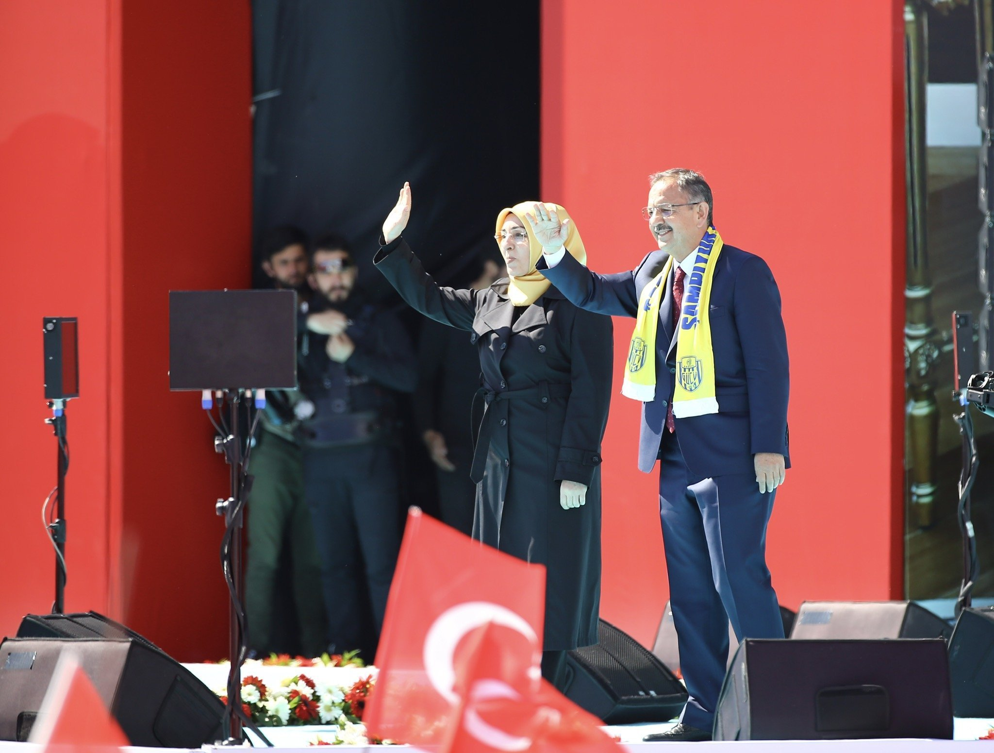 Ankara Büyükşehir Beldiye Başkanı Adayı Mehmet Özhaseki ve eşi Neşe Özhaseki