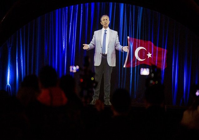Mansur Yavaş'tan hologram miting