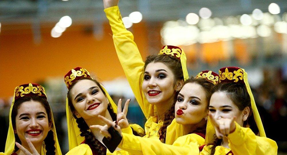Rusya'nın başkenti Moskova'da Nevruz Bayramı dolayısıyla kutlama programı düzenlendi.