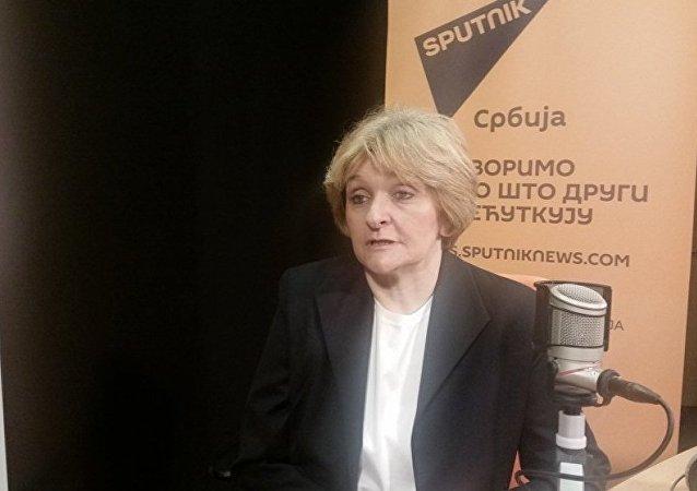 Sırbistan Tıp Merkezi'nde nöroonkoloji bölüm başkanı Danica Grujicic