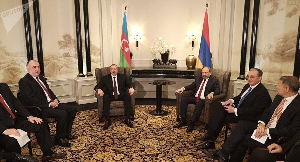Azerbaycan Cumhurbaşkanı İlham Aliyev- Ermenistan Başbakanı Nikol Paşinyan