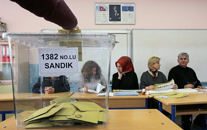 Maltepe'de tartışma çıktı: Oy sayımı durdu