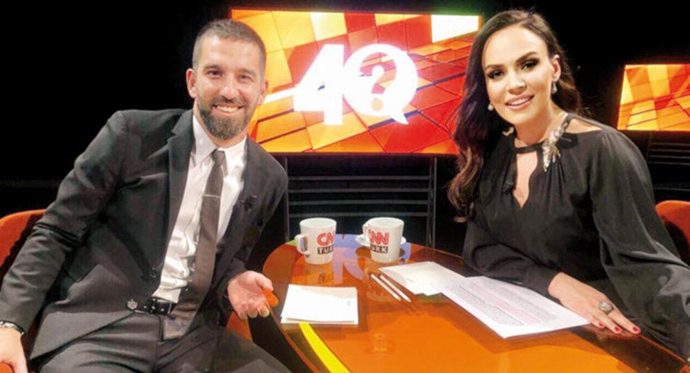 Arda Turan, CNN Türk'te 'Buket Aydın ile 40' programına konuk oldu.
