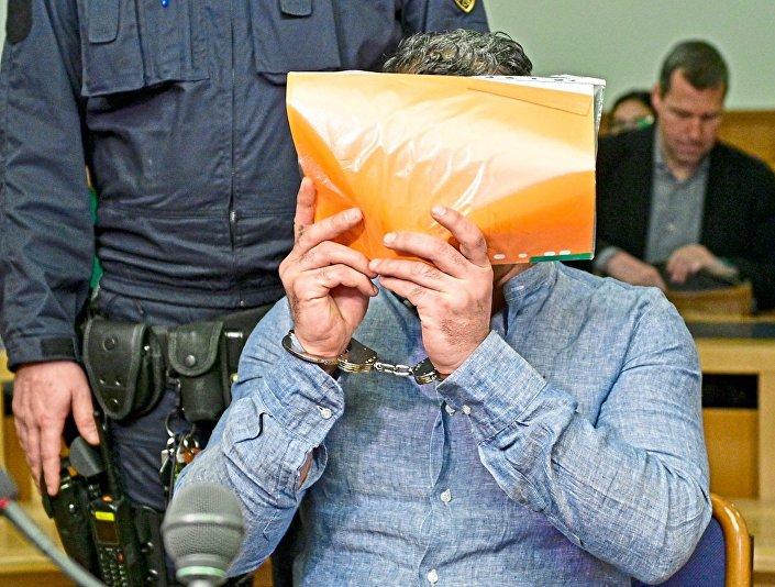 Iraklı Kürt göçmen Daban K., Iraklı 7 çocuk annnesi hayat arkadaşını öldürmekten Viyana'daki bir mahkemede yargılandı.