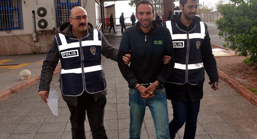 Kahramanmaraş'ta fırından televizyon çaldığı iddiasıyla tutuklanan 33 yaşındaki Mehmet Ö. Hırsızlığa devam. Zevkine çalıyorum dedi.