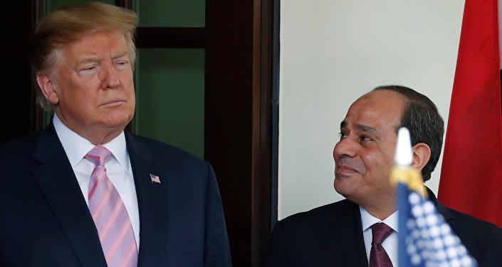 Sisi, Beyaz Saray'da Trump tarafından ağırlandı.