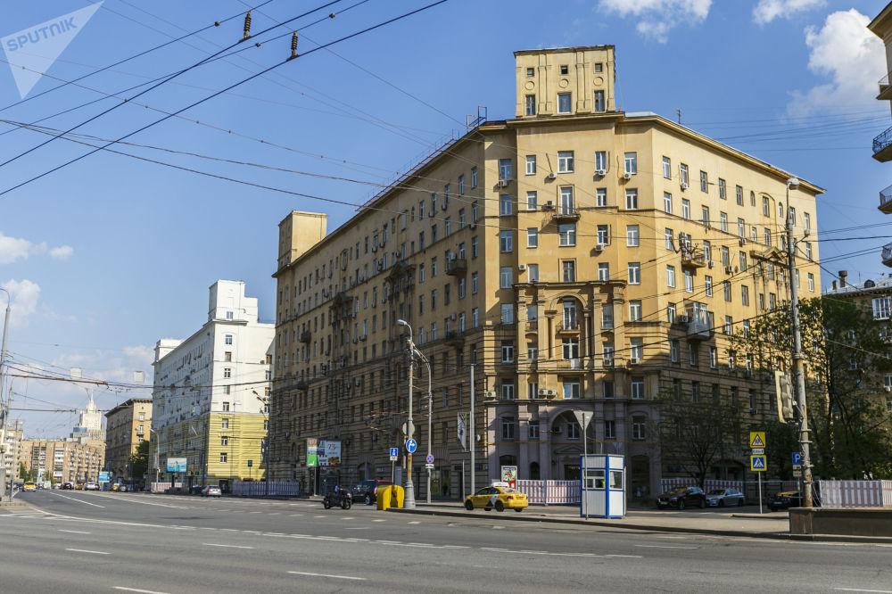 Dorogomilovo, günümüz  Moskovası'nın en prestijli semtlerinden biri olarak biliniyor. SSCB döneminde bu semtte siyasi ve kültür elitleri ikamet  ediyordu.