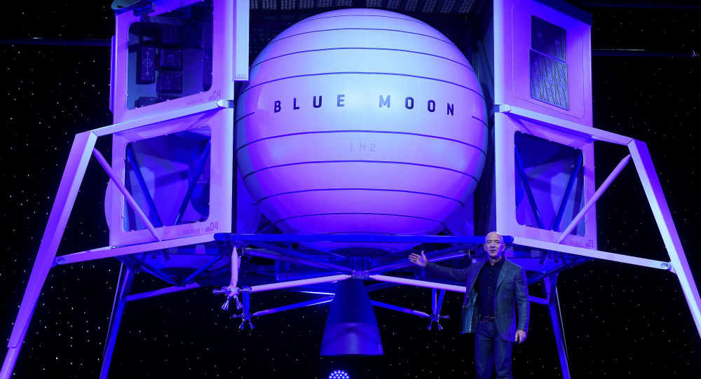 Founder, Chairman, CEO and President of Amazon Jeff Bezos unveils his space company Blue Origin's space exploration lunar lander rocket called Blue Moon during an unveiling event in Washington, U.S., May 9, 2019. REUTERS/Clodagh Kilcoyne