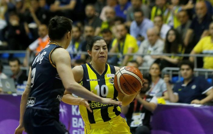 Fenerbahçe, Kadınlar Basketbol Süper Ligi'nde şampiyon oldu
