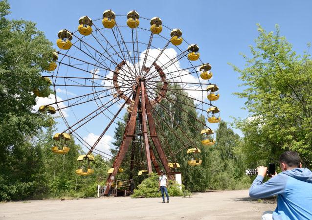 İnternet üzerinden 89 dolardan başlayan ücretlerle Pripyat bölgesine bir  tur rezervasyonu yaptırmak mümkün.