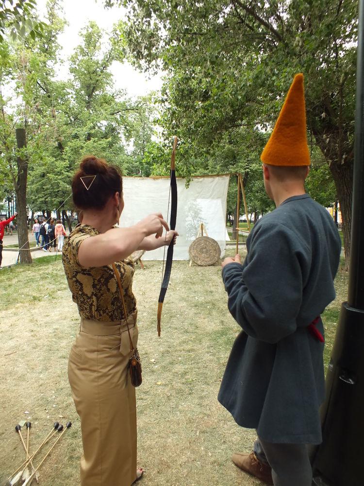 Zamanlar ve Çağlar Festivali'ndeki  Osmanlı alanında tüm isteyen  ziyaretçilere okçuluk  eğitimi verildi.