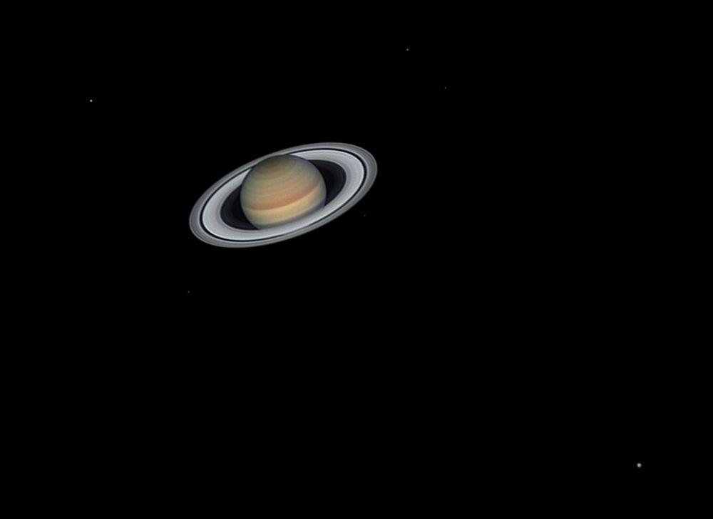 Kısa listeye giren İspanyol fotoğrafçı  Jordi Delpeix Borrell'in 'Yüzüklerin Efendisi' isimli Satürn görüntüsü.