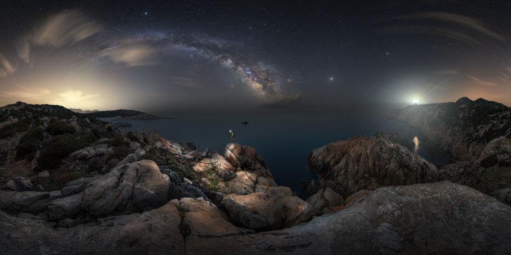 2019 Yılının Astronomi Fotoğrafçısı Yarışması'nın kısa listesine giren İtalyan yarışmacı Alessandro Cantarelli'nin 'Her Şeyden Önce' isimli fotoğrafı.