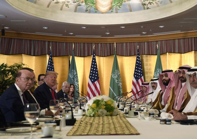 ABD Başkanı Donald Trump ve Suudi Veliaht Prensi Muhammed Bin Selman, Japonya'da düzenlenen G-20 Zirvesi kapsamında görüştü.