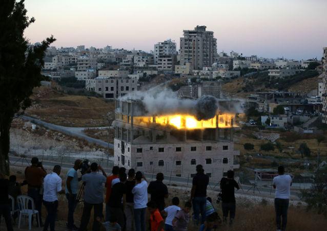 İsrail 9 katlı binayı havaya uçurdu