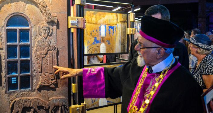 Akdamar Kutsal Haç Kilisesi Fotoğraf Sergisi'nde Türkiye Musevileri Hahambaşı Rav İsak Haleva