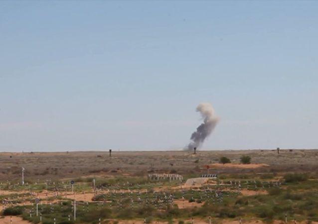 Rusya ordusu tatbikat sırasında S-300'lerle düşman saldırısını püskürttü