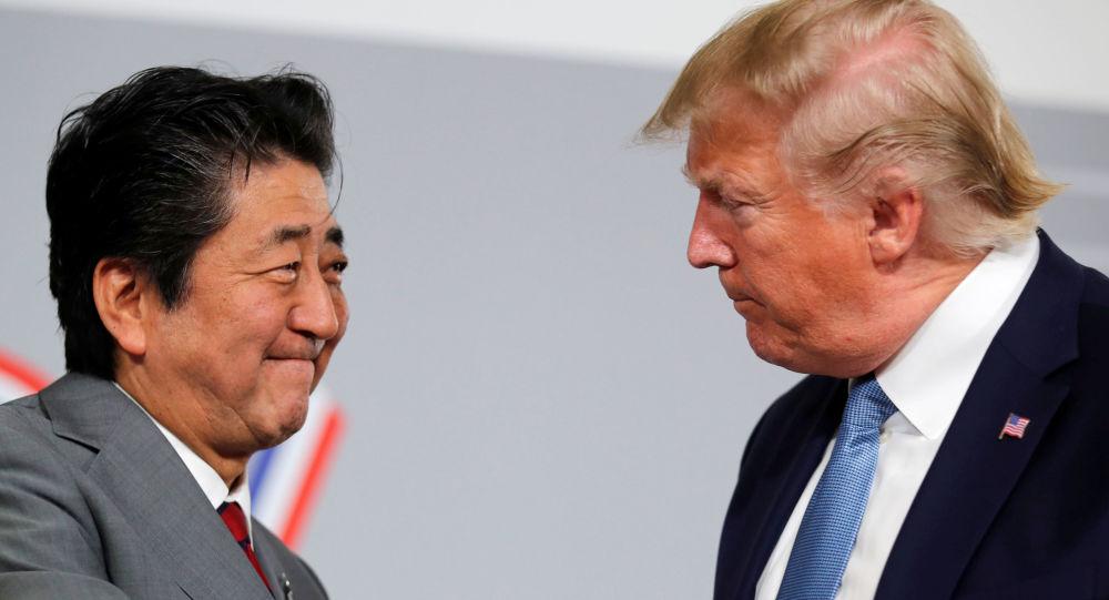 Fransa'nın Biarritz kentinde düzenlenen G7 ZirvesindeABD Başkanı Donald Trump ile ikili görüşmelerde bulunanJaponya Başbakanı Şinzo Abe, eylülde iki ülke arasında ticaret anlaşması imzalanacağını bildirdi.