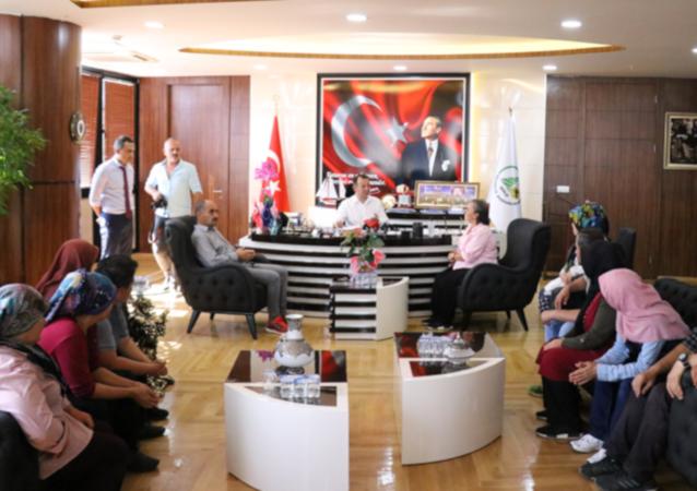Bolu Belediyesi'nde 127 gündür eylem yapan 18 işçi göreve geri dönüyor