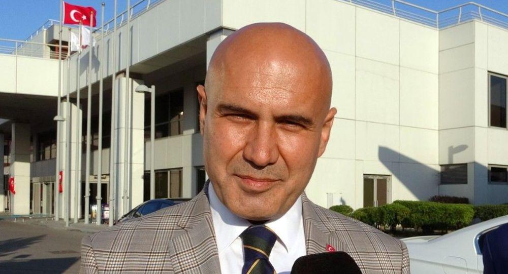 Turhan Çömez