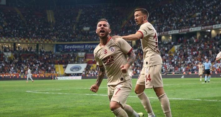 Galatasaray, Kayserispor deplasmanında kazandı: Maçta 5 gol, 5 kırmızı kart çıktı