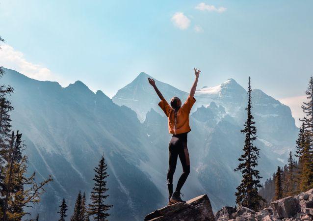 4. Kanada Fotoğrafta: Kanada'dan dağ manzarası
