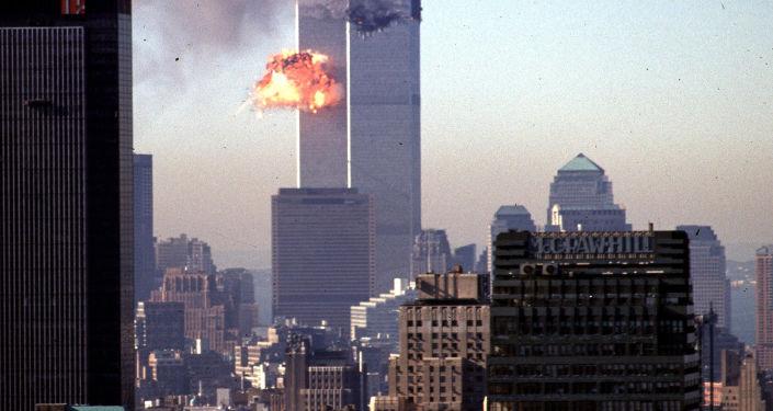 ABD'nin 11 Eylül saldırılarının ardından terörle mücadele, demokrasi ve özgürlük götürmek adı altında Afganistan ve Irak'ı işgali, bu ülkelerde istikrardan çok istikrarsızlık, kargaşa, mezhep savaşları, yüz binlerce sivilin ölümü ve yeni terör örgütlerinin oluşmasına yol açmak ve milyarlarca dolara mal olmakla eleştirildi.
