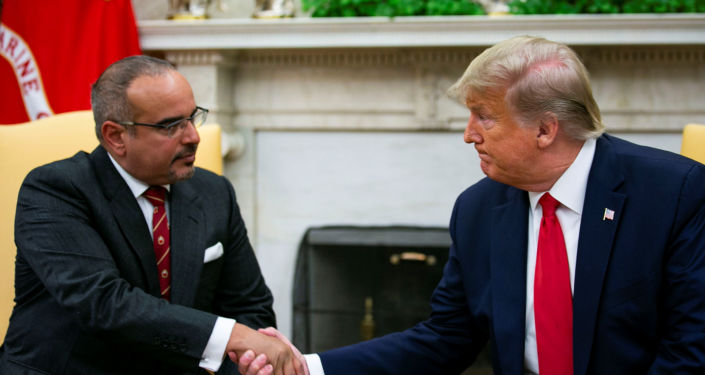 U.S. President Donald Trump shakes hands with Bahrain Crown Prince Salman bin Hamad Al Khalifa during a meeting in the Oval Office of the White House in Washington, U.S., September 16, 2019. REUTERS/Al Drago