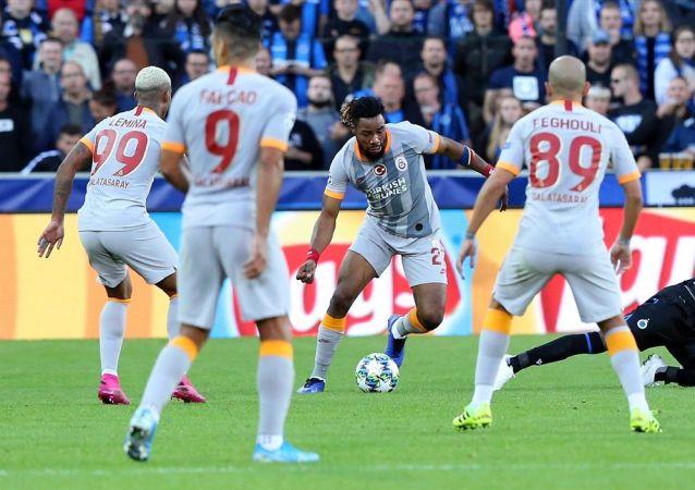 Galatasaray, 'Devler Ligi'ne bir puanla başladı