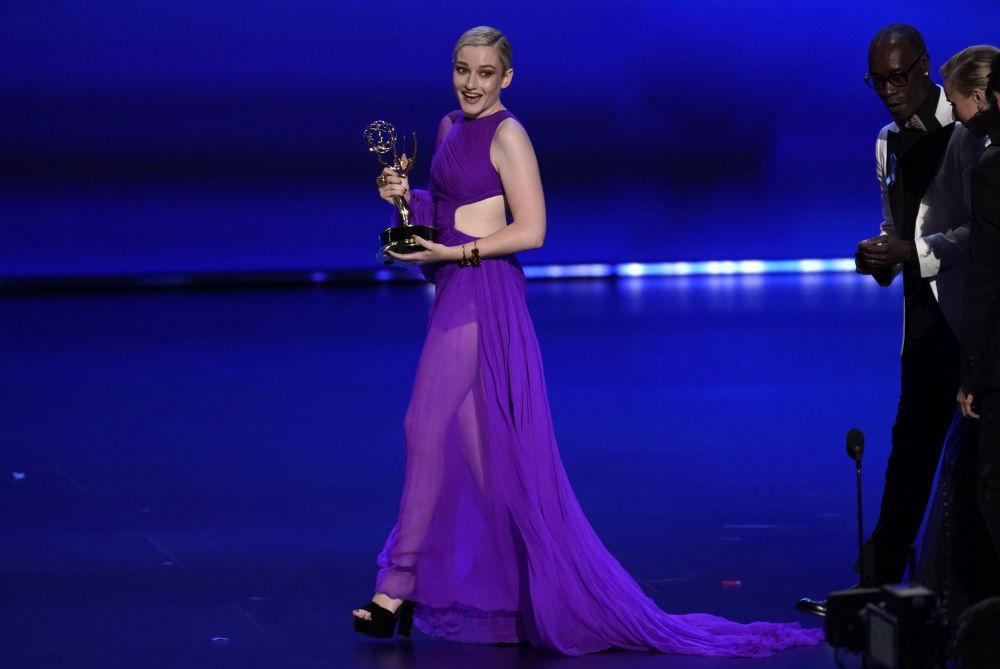 En İyi Yardımcı Kadın Oyuncu, Drama: Julia Garner, Ozark