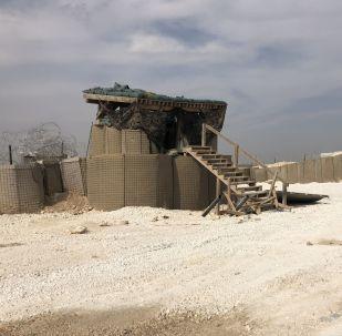 ABD'li askerlerin terkettikleri Menbiç'teki hava üssünden bir kare.