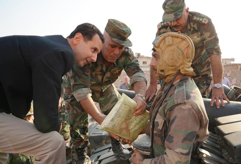 Esad'ın İdlib ziyaretinden bir kare.