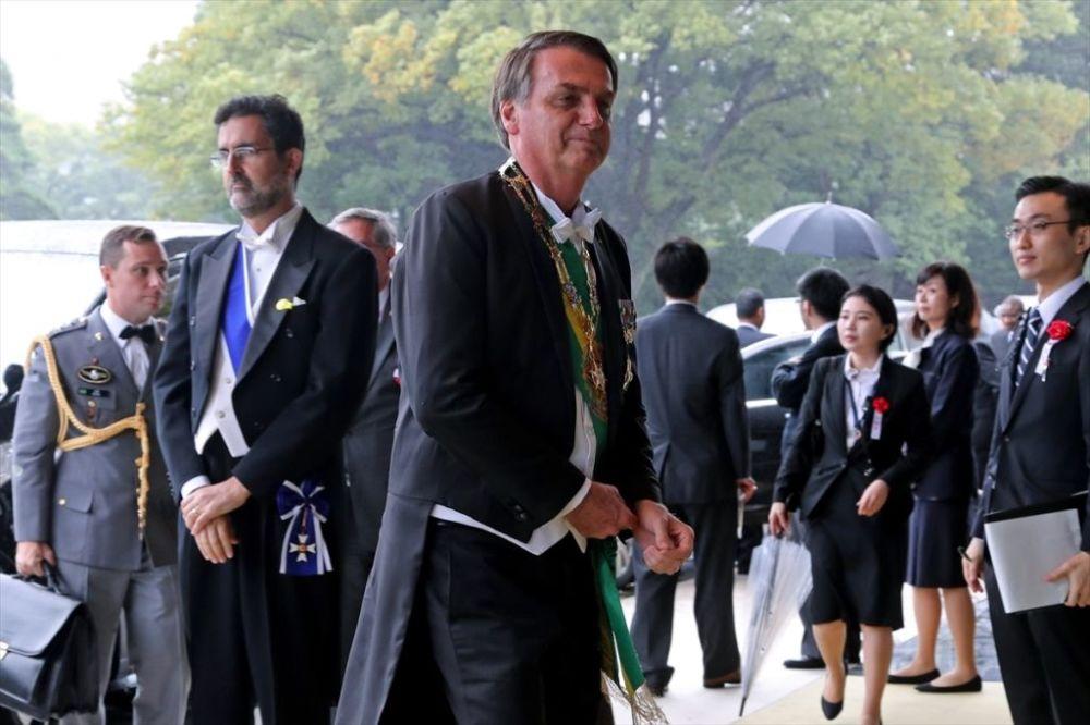 Brezilya Devlet Başkanı Jair Bolsonaro da törendeki yerini aldı.