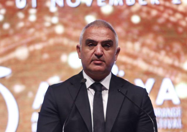 Kültür ve Turizm Bakanı Mehmet Nuri Ersoy Antalya 56. Altın Portakal Film Festivali'nde konuşma yaptı