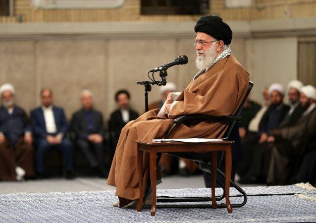 İran lideri Ali Hamaney