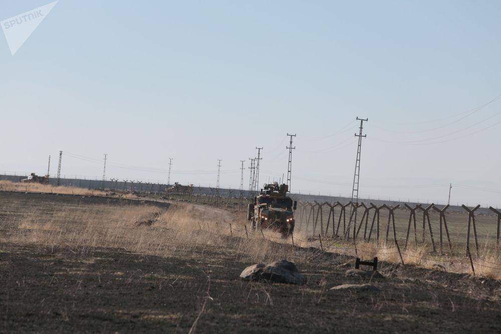 Şırnak'ın İdil İlçesi'ne bağlı Alakamış Köyü karşısında bulunan Suriye'nin Kahtaniye ilçesine bağlı Deyruna köyünde başlayan devriye, Kamışlı'nın kuzeydoğusundan Irak sınırına doğru Suriye'nin Derik (Malikiye) kentini de kapsayan 100 km'lik bir alanda yapıldı.
