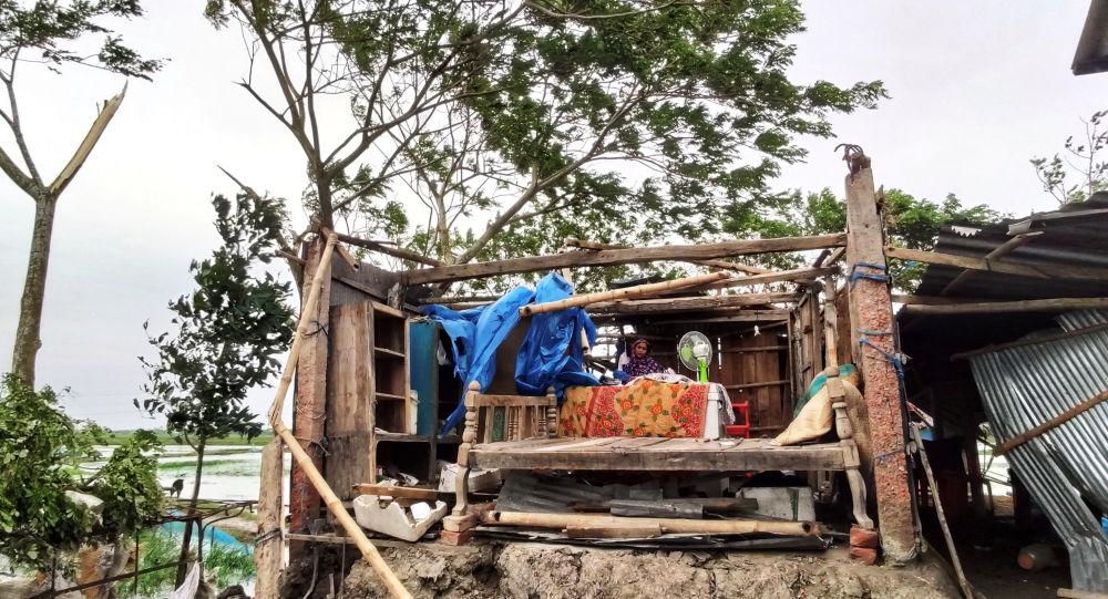 Bangladeş'te kasırga