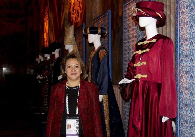 Rusya'da gerçekleşen Türkiye'nin özel statü sıfatında katıldığı 8. St. Petersburg Uluslararası Kültür Forumu kapsamında, Osmanlı Kaftanları Sergisi açıldı