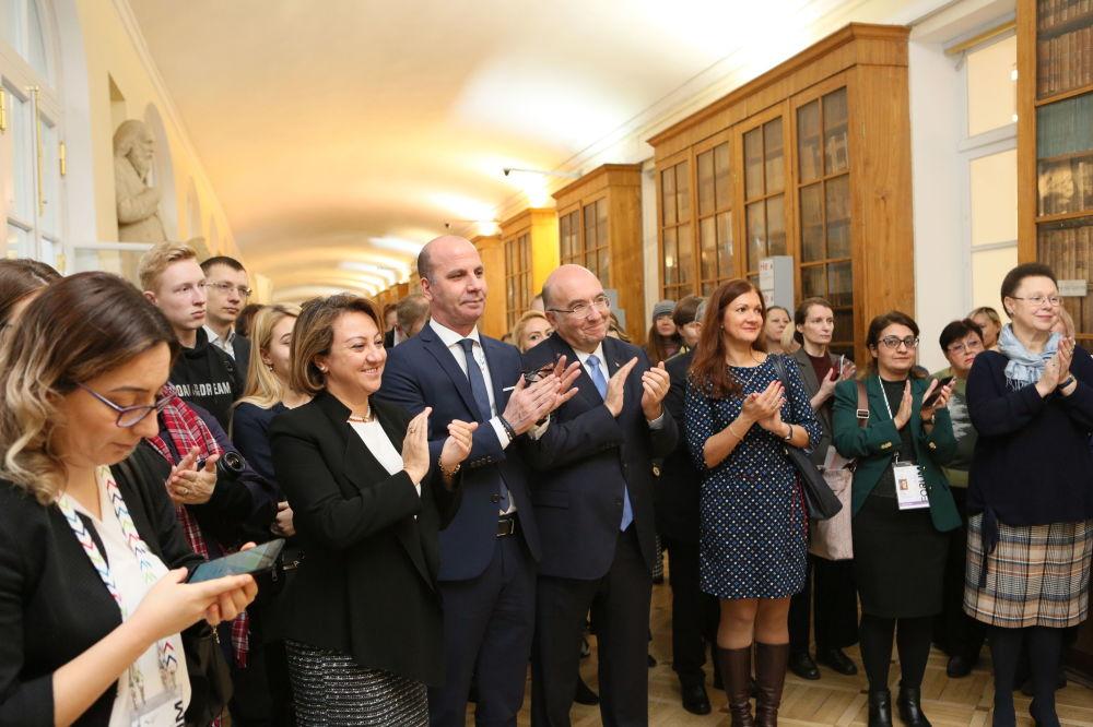St.Petersburg Kültür Forum kapsamında  St. Petersburg Devlet Üniversitesi'nde düzenlenen Türkiye programı açılışından bir kare.