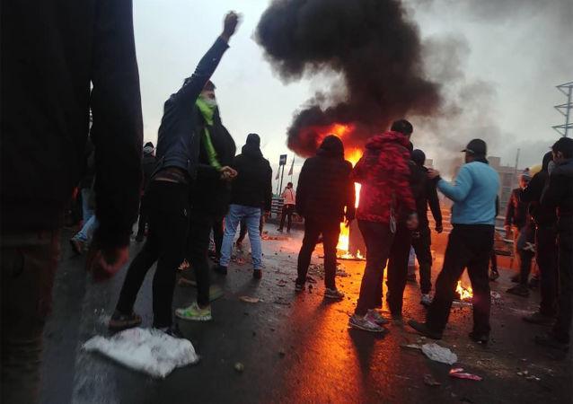 İran'da protestolar