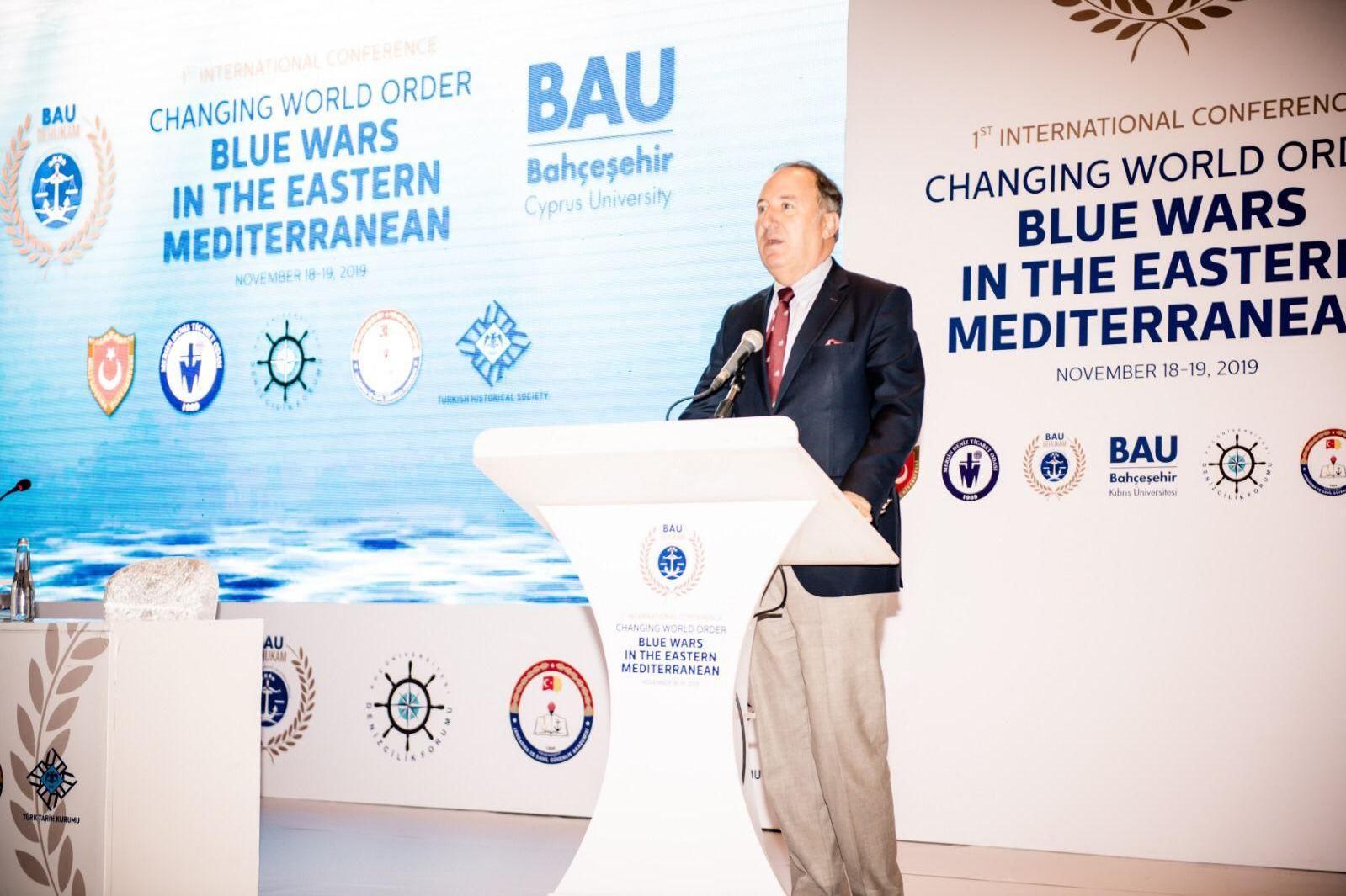 Koç Üniversitesi Denizcilik Forumu (KÜDENFOR) Direktörü Emekli Amiral Cem Gürdeniz Asya Çağı'nın başlamasıyla birlikte Türkiye ve Kuzey Kıbrıs kilit önem kazandı dedi.
