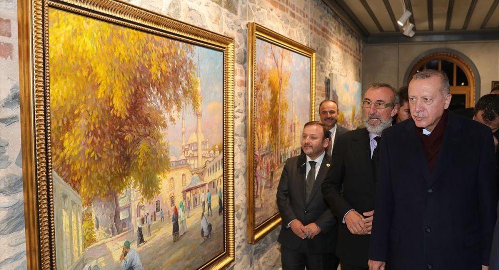 Türkiye Cumhurbaşkanı Recep Tayyip Erdoğan, Kazlıçeşme Kültür Merkezinde düzenlenenSelahattin Kara Resim Sergisi'nin açılışında, resimlerinde İstanbul manzaralarını sanata dönüştüren Selahattin Kara'ya Türkiye kültürüne katkıları dolayısıyla teşekkür etti.