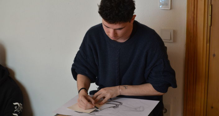 'Karşılıklı Bakışlar' çocuk resim yarışmasında Türk öğrenciler Rusya'yı resmetti.